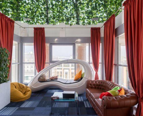 Офис гугла в Москве комната отдыха