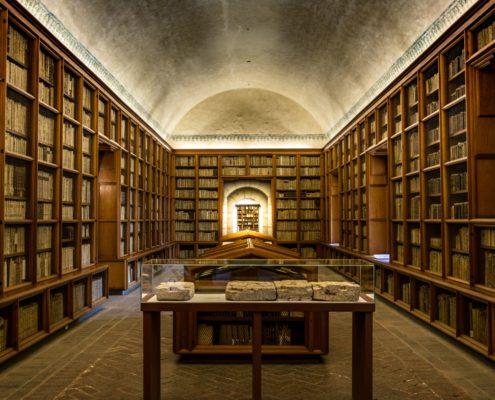 Заказать ремонт библиотеки под ключ в Москве