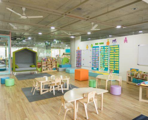 Ремонт окон в детском саду